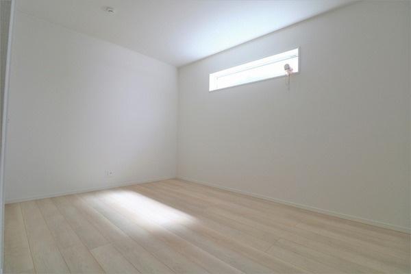 【洋室】 2階6帖洋室です♪