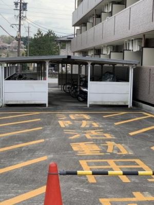【駐車場】アルトラマンション駒場