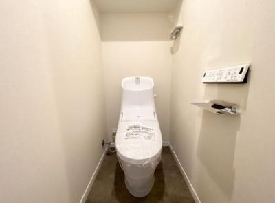 トイレも新規交換済です。