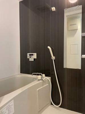 【浴室】エスカーサ心斎橋EAST