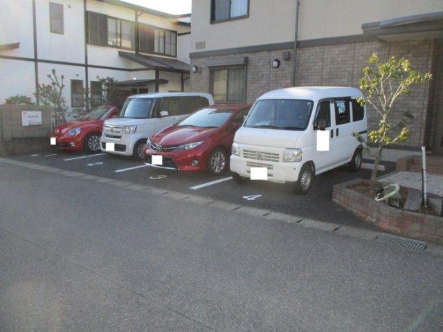 【駐車場】ロジュマンミヤカイドウD