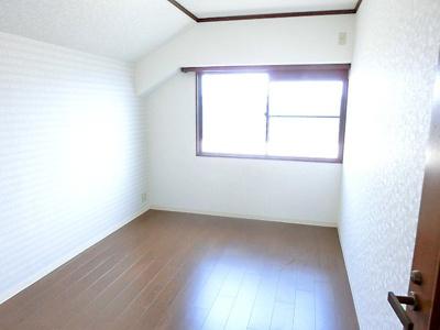 【現地写真】 個室は 癒しの空間♪自分好みのお部屋で、ゆったりお寛ぎ頂けます♪