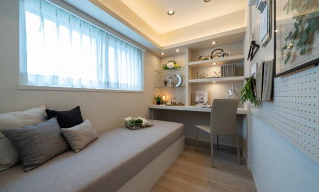 グレイス錦糸町:洋室1にはソファベッド・出窓が付いております!