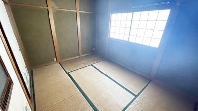 押し入れのある和室です。