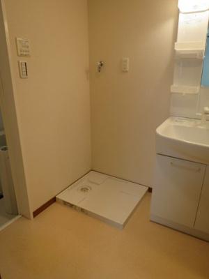 室内洗濯機置場もあります