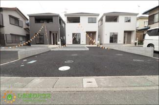 駐車スペース2台分ございます。