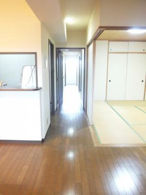 【居間・リビング】ライオンズマンション金剛寺池台