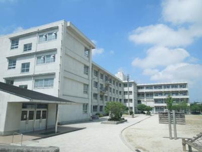 久米小学校 1114m
