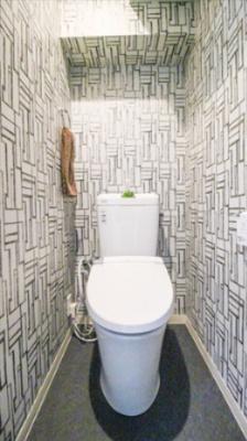 温水洗浄機機能付き暖房便座トイレ