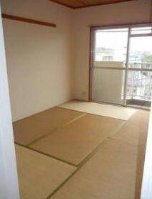 【寝室】ゆりの木マンション