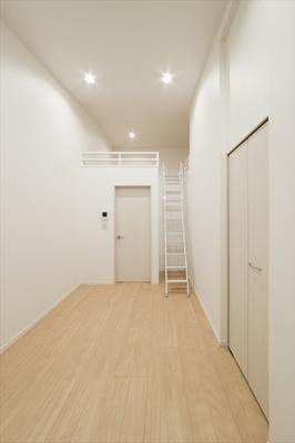 【洋室】Rumah K.L.2(ルマケーエルツー)