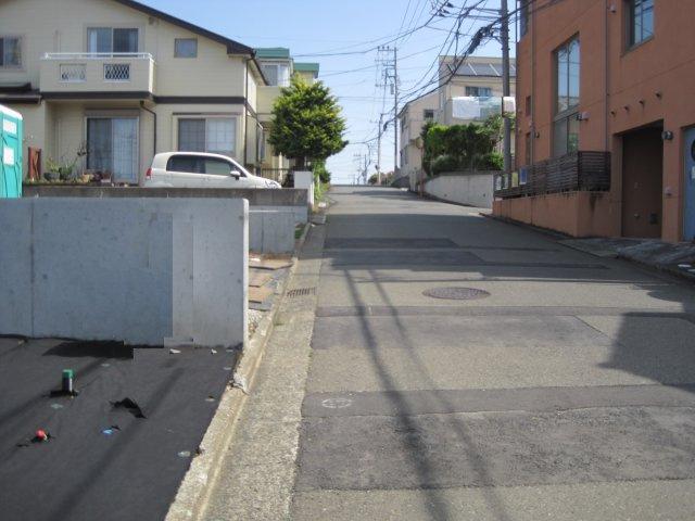 【前面道路含む現地写真】新築 藤沢市大庭  B区画
