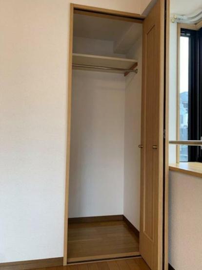 クローゼット ※別室の写真です