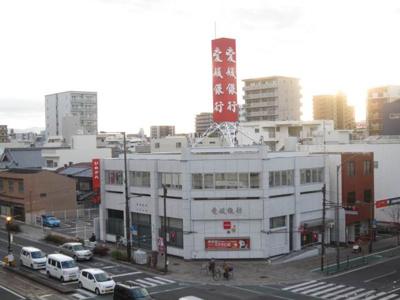 愛媛銀行本町支店 191m