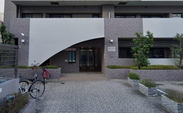 オートロック完備☆駐輪場無償♪小・中学校、徒歩4分圏内♪2沿線利用可能です♪