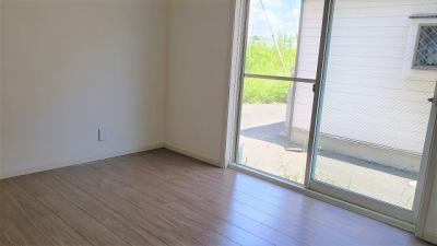 明るい色調の室内です。アリエス本厚木
