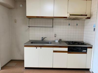 【キッチン】セントポリア出屋敷