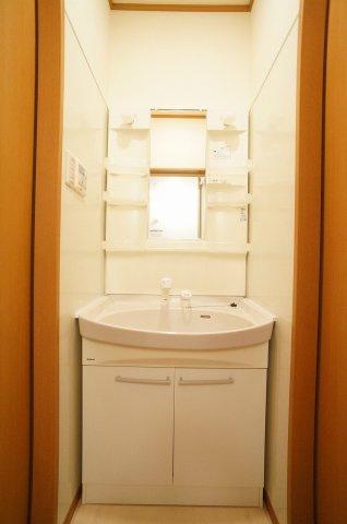 浴室乾燥機リモコンです。冬場は暖房も便利です。