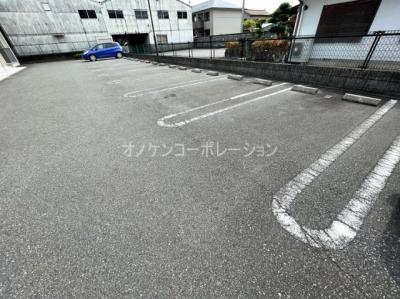 【駐車場】ラブリーコート