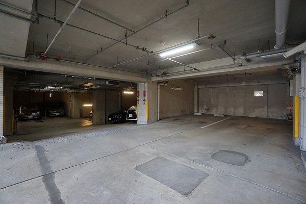 機械式駐車場! 防犯面でも安心です!