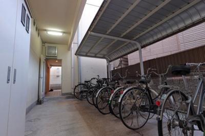 棟内 駐輪場