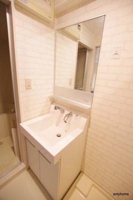 【独立洗面台】十三本町ウインズマンションⅡ