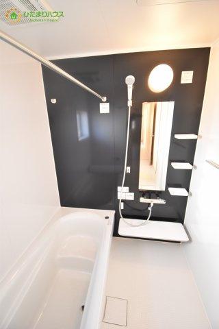 【浴室】見沼区小深作 第2 新築一戸建て リーブルガーデン 02