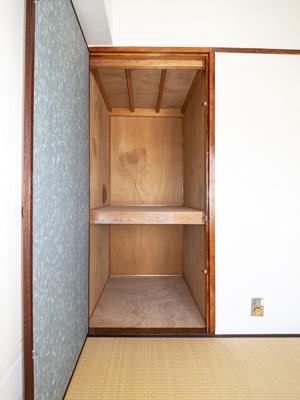 6帖和室収納