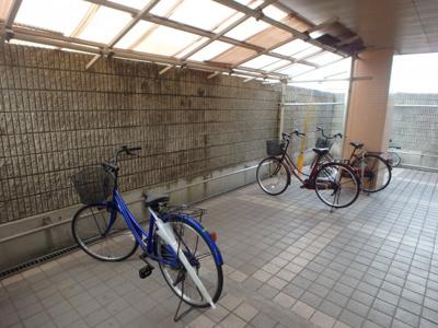 大島 AXIA倉敷 2DK 駐輪場