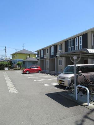 【駐車場】Ocean Village Ⅱ