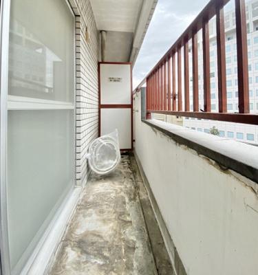 日興パレス日本橋の廊下の収納です。