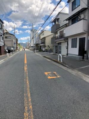 【前面道路含む現地写真】八尾市山城町2丁目 新築戸建