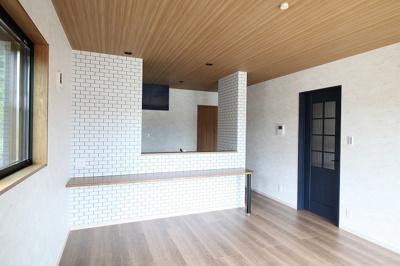 【居間・リビング】神戸市垂水区多聞台5丁目 新築戸建