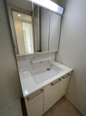 三面鏡洗面化粧台!