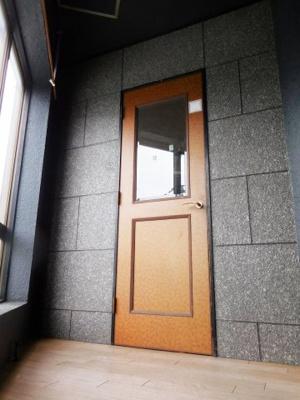 2階 入口