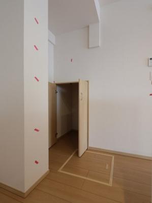 キッチン収納です:建物完成しました♪♪毎週末オープンハウス開催♪三郷新築ナビで検索♪