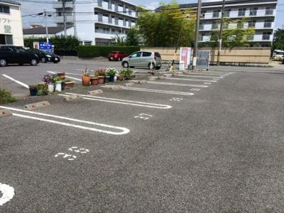 三ツ谷町駐車場I