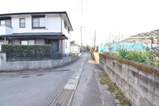 【前面道路含む現地写真】霧島市隼人町小田