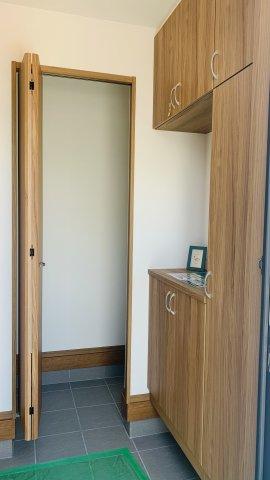 SIC完備!ドアもあり目隠しもできるので、すっきりきれいに片付きますよ。