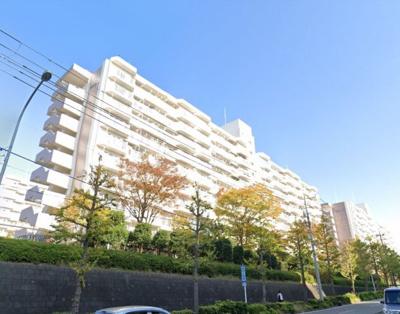 総戸数80戸、昭和52年12月築、自主管理物件です。