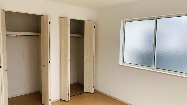 2階7.25帖 使い勝手のよいシンプルなクローゼットです。