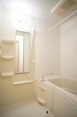 【浴室】ヴィヴァーチェB