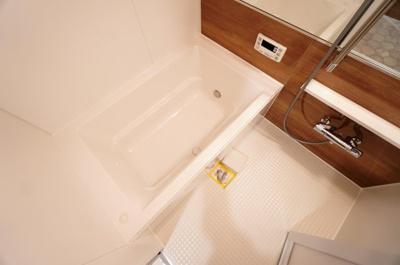 【浴室】ゼファー川口中青木
