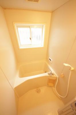 【浴室】BIRIA B