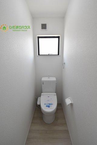 【トイレ】行田市本丸 2期 新築一戸建て Ricca 01