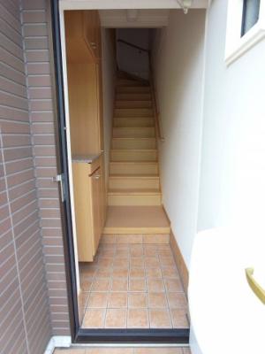 【玄関】フィオーレ・メイ