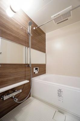 【浴室】ラヴィドール川口
