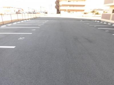 【駐車場】VIVRE21