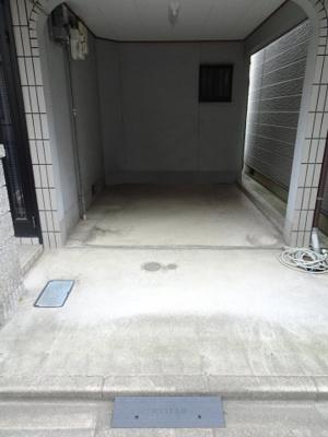 【駐車場】中古戸建 大東市灰塚6丁目(平成9年築)