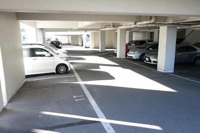 【駐車場】南平台ヤタヒルズⅠ㈱Roots